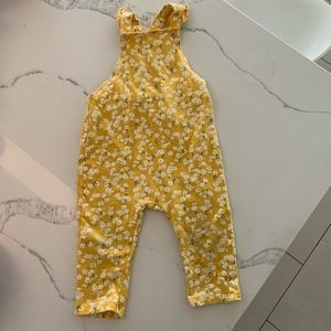 H&M Floral Ruffle Jumpsuit Overalls